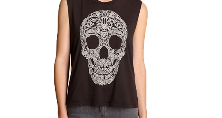 Piffa upp vardagen med grafiskt mönster,  267 kr från Urban Outfitters.