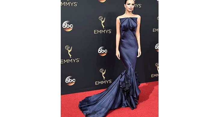 En av våra favoriter var helt klart Emily Ratajkowskis klänning!