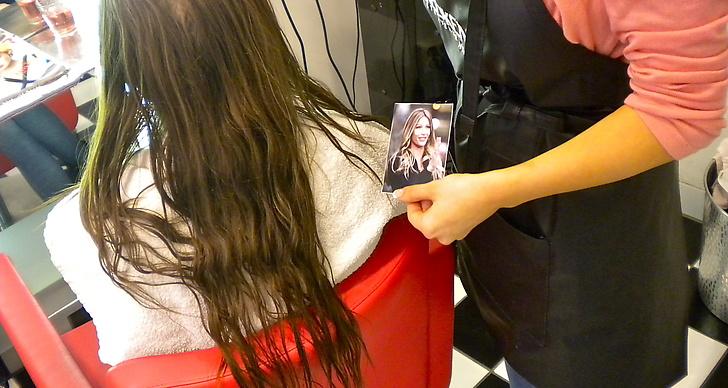 Vår modell Karin hade med sig en bild på Gisele Bündchen som inspiration.