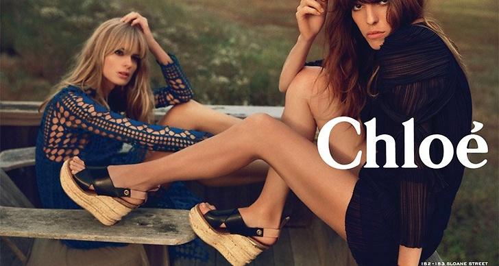 I kampanjen posar hon med tyska supermodellen Julia Stegner.
