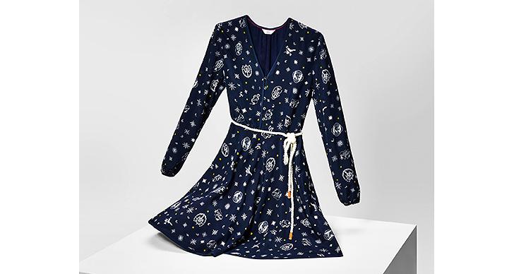 En supersöt klänning som passar både till fest och vardags!