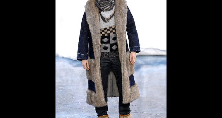 Chanel F/W 2010.