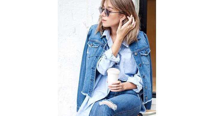 Kör all in på jeans! Släng på dig alla jeansplagg du hittar, det är alltid en snygg kombo.