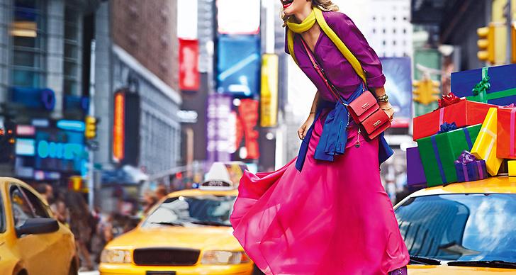 Rita Ora dök även upp på DKNY visning i New York