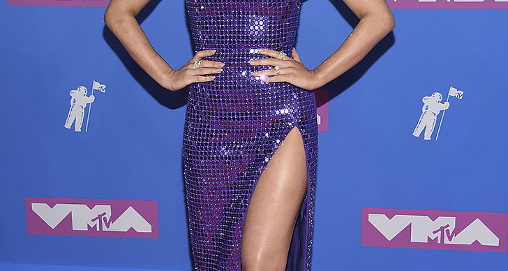 Olivia Munn på Video Music Awards röda matta