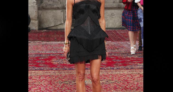 Modechefen som vi är vana att se henne: på röda mattan i en cool och utstickande outfit.