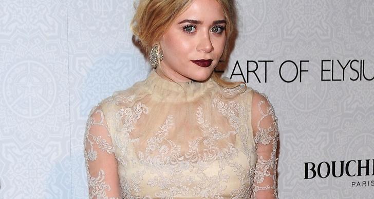 Mary-Kate Olsen inspireras av Vita Drottningen-looken