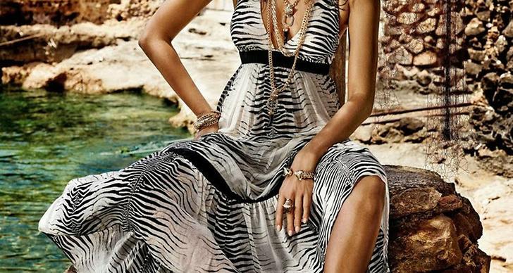 Supermodellen Irina Shayks i ny sexig kampanj för Roberto Cavalli.