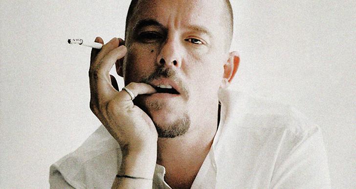 Alexander McQueens testamente har nått allmänheten.