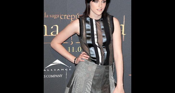 Stewart visar upp sig i Madrid på en Twilight-visning.