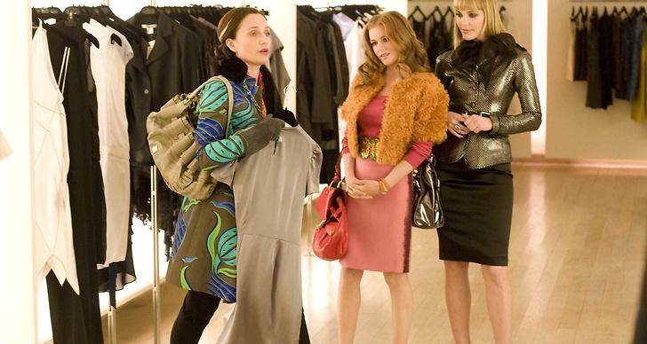 När du äntligen bestämt dig vilken tröja du ska ha... och butiksbiträdet ger dig tusen nya valmöjligheter.