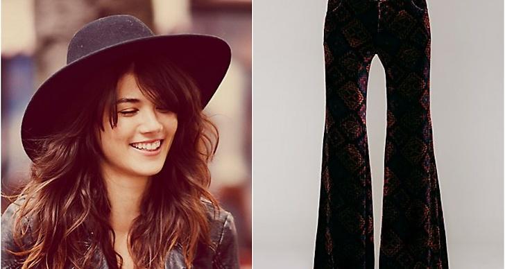 Go flare or go home! Riktigt vida sammetsbrallor med snyggt mönster och den perfekta svarta hatten för hösten!