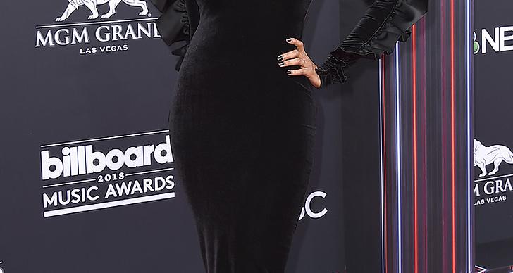 Tyra Banks på röda mattan under Billboard Music Award 2018.