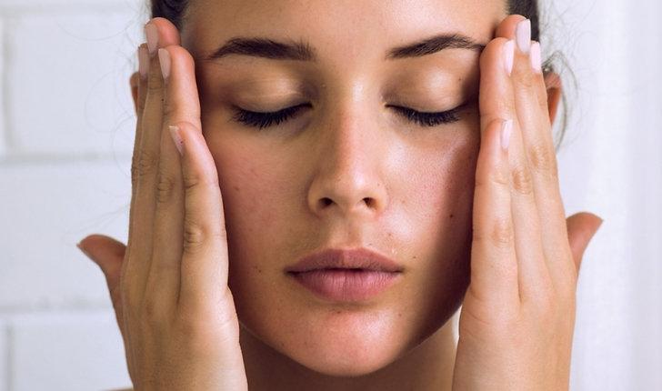 Din hy mår inte bra om du tvättar ansiktet med vanlig handtvål.