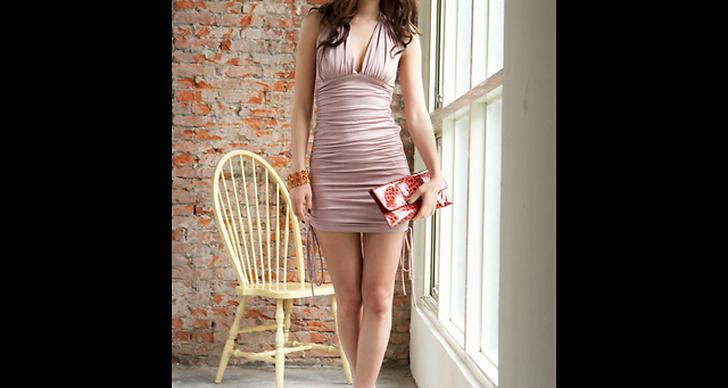 Kort klänning, 399 kronor.